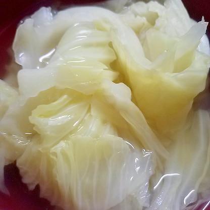 キャベツのシンプルスープ