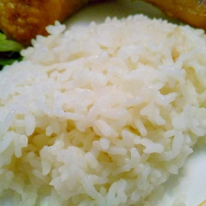 鶏ガラスープで炊く美味しいガーリックライス