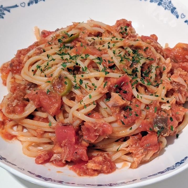 KALDIの材料★鯖缶とオリーブのトマトパスタ