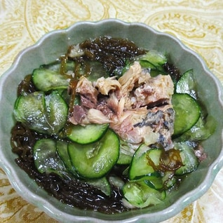 鯖キュウリもずくの生姜酢