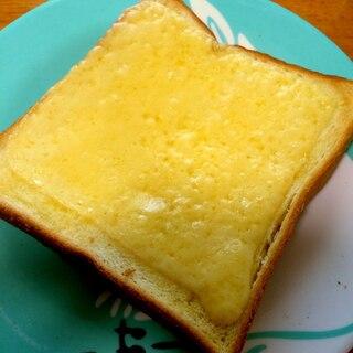 ゴーダチーズのシンプルトースト