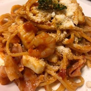 カルディのトマトソースでスパゲティ