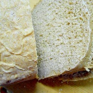 ホームベーカリーで作る、全粒粉とオートミール食パン