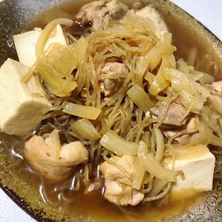 鶏肉と糸こんにゃくと豆腐の煮物