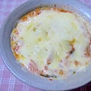 レンジで簡単★キムチと卵でremake!チーズ焼き