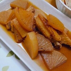 鶏手羽中と大根の甘辛煮
