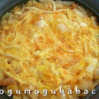 キムチ鍋の素で作るピリ辛煮込みうどん