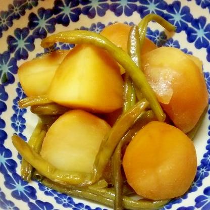 おふくろの味、いんげん豆とじゃがいもの蒸し煮