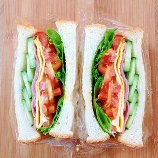 B.L.T.E.C(?)サンドイッチ♪