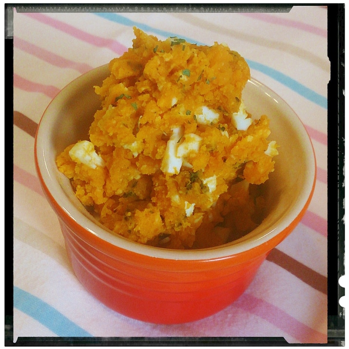 卵チーズ入りのかぼちゃサラダ
