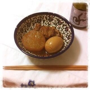 日本酒にピッタリ ♪ 豚軟骨の煮込み