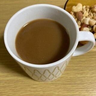 ホットコーヒー クリープ入り  (カフェオレ)