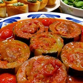 ズッキーニの肉詰めトマト煮込みです☆美味しい赤を♪