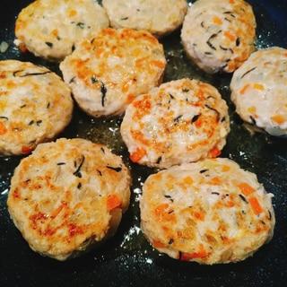 野菜&ひじきたっぷり★鶏と豚挽き肉のハンバーグ
