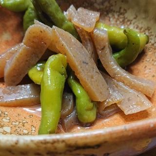 板蒟蒻と青唐辛子の炒め煮