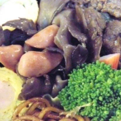 kuro_24さん♪こんばんは~ヾ(´^ω^)ノ♡ お弁当の一品にまたまたリピです☆ 主人も私も全然飽きる気配なしの舞茸料理・・w またリピさせて下さいね♡笑