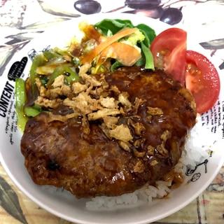 豆腐ハンバーグのロコモコ