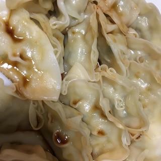 冷凍餃子で簡単蒸し餃子
