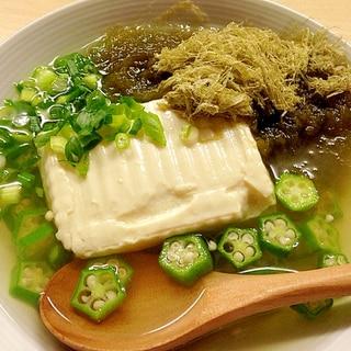 居酒屋の湯豆腐