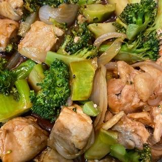 鶏もも肉とブロッコリーのバーベキューソース炒め