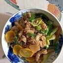 豚肉、ズッキーニ、ピーマン、キャベツの炒め物