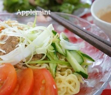 野菜たっぷりトマト風味の冷やし担々麺