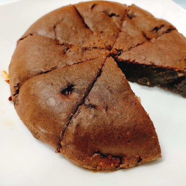 【簡単】失敗なし!炊飯器で作るチョコレートケーキ