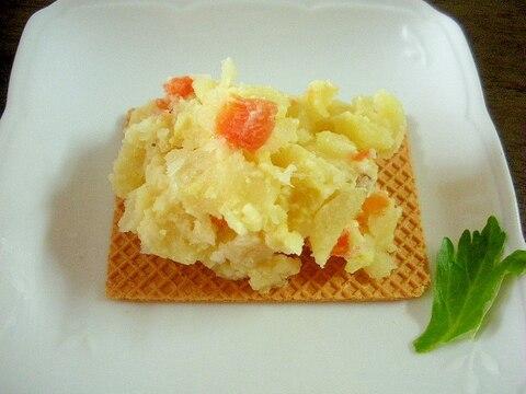 ポテトサラダのせ!大麦クラッカーの朝食