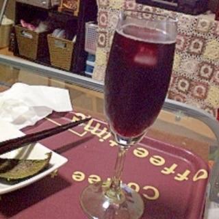 ◎赤ワインカクテル☆+ジンジャーエール→キティ◎