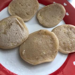 離乳食後期★バナナきなこ米粉パンケーキ卵乳油不使用
