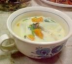 野菜たっぷり豆乳コンソメスープ