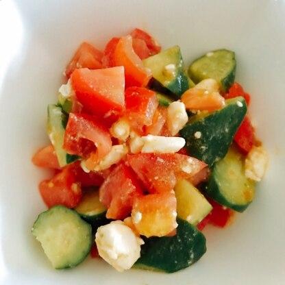 柚子ドレッシングでさっぱりして暑い日にも最適なサラダでした!
