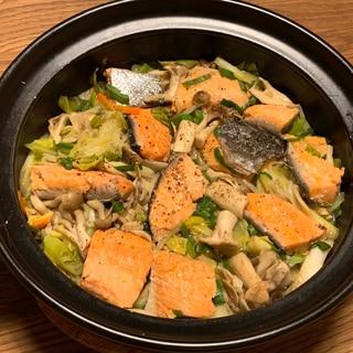 土鍋で作る鮭のちゃんちゃん焼き*
