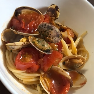トマト鍋のシメ〜アサリとトマトのパスタ〜