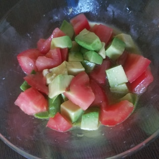 美味しい酢deトマトとアボカドのマリネ