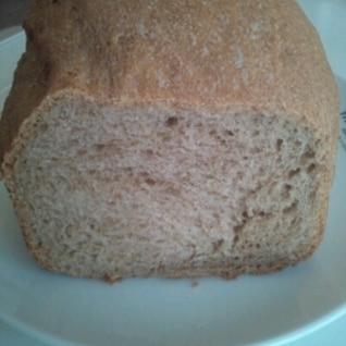 全粒粉100%の食パン(グルテン粉使用)