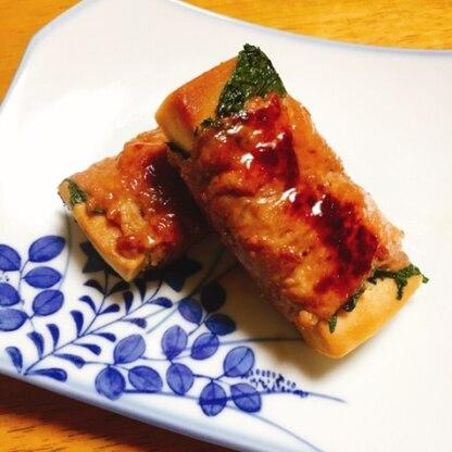 はなまる子♪さん、こんばんは! 一口食べれば豚肉の旨味がジュワ〜♪その後、梅と大葉でさっぱり♪ めっちゃ美味しかったです(*^o^*) この味大好きです‼︎
