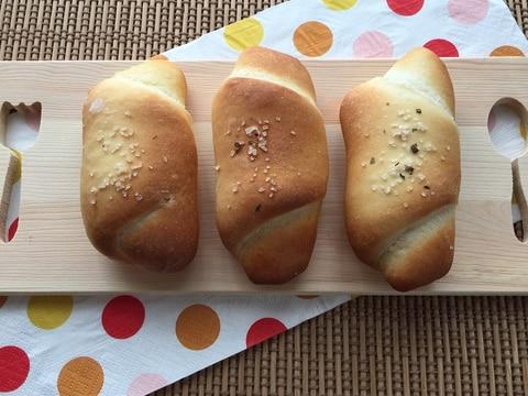 手ごねパン(1)☆シンプル塩ぱん