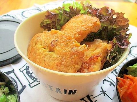 簡単&節約おかず♪鶏むね肉のごま味噌ピカタ