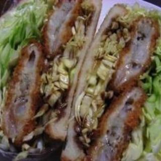 ガッツリ食べる白身魚フライとキャベツのサンドイッチ