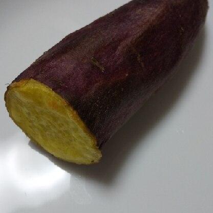 簡単にできました!皮の感じがまさに焼き芋(*´ω`*)でも、ネッチリにはならなかった~。きっと使ったさつまいものせい。次は安納芋で作ってみま~す!