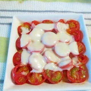 レンジだけで熱々が美味しい♪ミニトマトのチーズ焼き