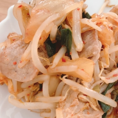 豚キムチ大好きです!もやしたっぷりで、もやしの消費も出来るので良いですね。美味しかったです。