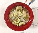 白菜、茄子、えのきのお味噌汁