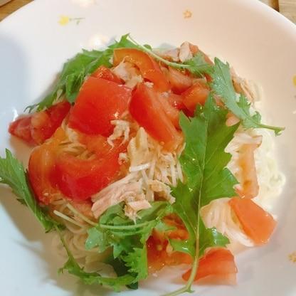 茹でて和えるだけの簡単綺麗な冷製パスタ♡。夏バテ気味の胃にもとても優しくて、ひんやり美味しいレシピでした٩(๑′∀ ‵๑)ご馳走さまでした♩