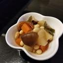 ほっこり安心する味の大豆の五目煮