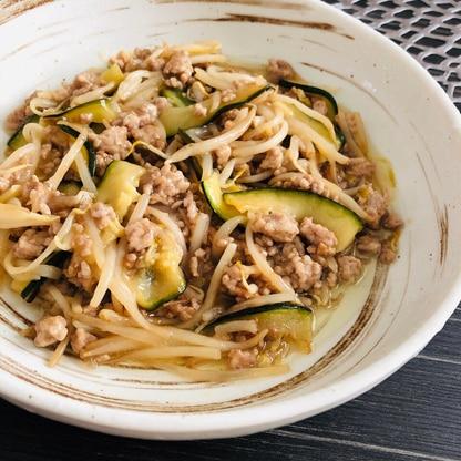 ひき肉ともやしとズッキーニの中華とろみ炒め