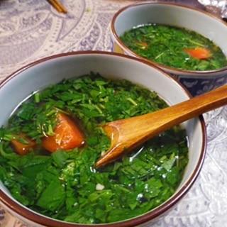 スピード料理、モロヘイヤニンニクトマトスープ