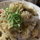 糸こんにゃくと鶏胸肉とキノコのカレーそぼろご飯