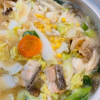 鮭と帆立と野菜たっぷり♡石狩鍋